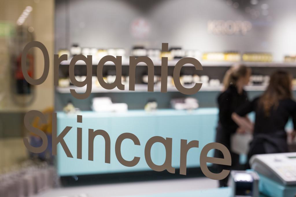 RÅ Organic Skincare har butikk i Sandvika Storsenter. Foto: Jens Bredberg
