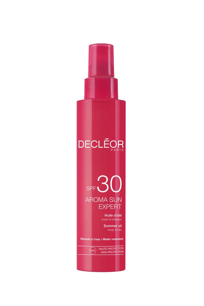 Summer Oil Body & Hair fra Decléor inneholder nærende monoï planteolje.