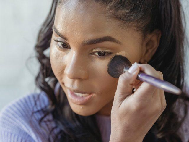 Giftige fluorstoffer funnet i kosmetikk